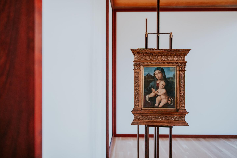 'Art on Display 1949–69', 2019–20, exhibition view, Calouste Gulbenkian Museum, Lisbon. Courtesy: Calouste Gulbenkian Museum, Lisbon; photograph: Pedro Pina