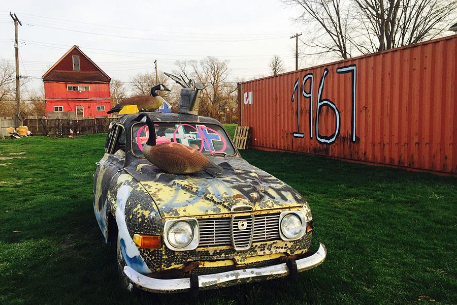 Motor City Lot at Tyree Guyton's Heildelberg Project. Courtesy: the artist and the Heidelberg Project, Detroit