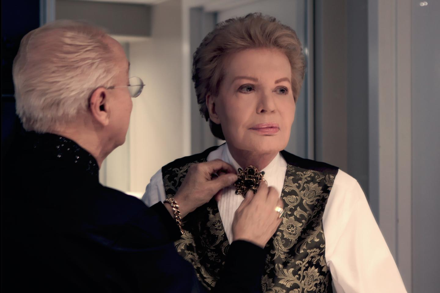 Cristina Costantini, Kareem Tabsch, Mucho Mucho Amor: The Legend of Walter Mercado, 2020, production still. Courtesy: Netflix