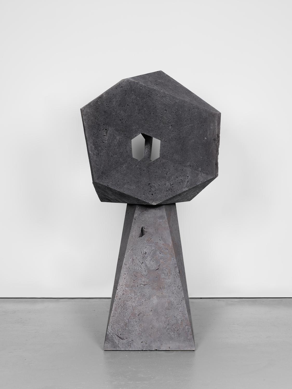 Pedro Reyes Tonatiuh, 2021 Volcanic stone 222 x 120 x 110 cm 87 3/8 x 47 1/8 x 43 1/4 in © Pedro Reyes. Courtesy Lisson Gallery