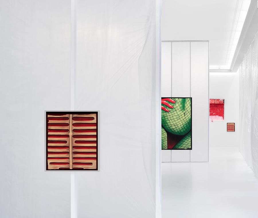 Rebecca-Ackroyd-100mph-Installation-View-2021