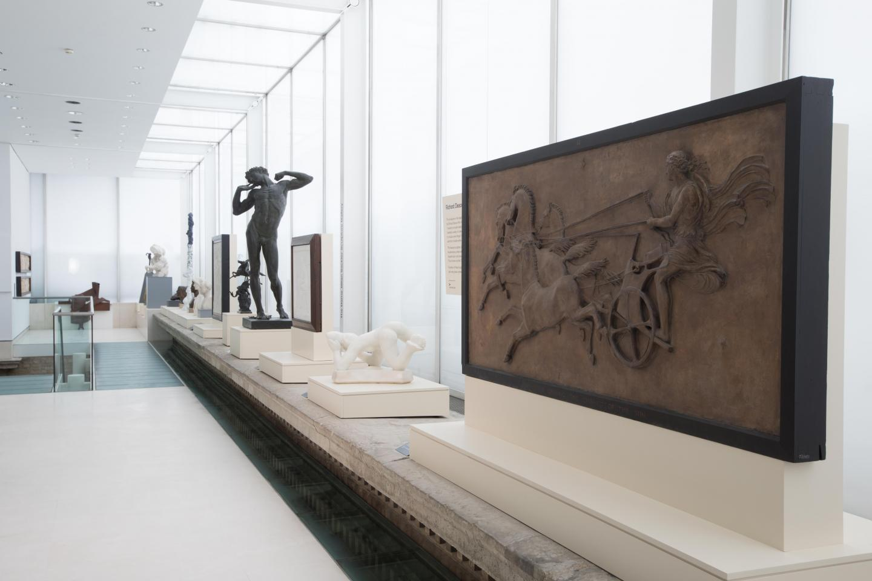 'Richard Deacon RA Selects', 2017, exhibition view, The Dame Jillian Sackler Sculpture Gallery, Burlington House, Royal Academy of Arts, London. Courtesy: © David Parry Photography