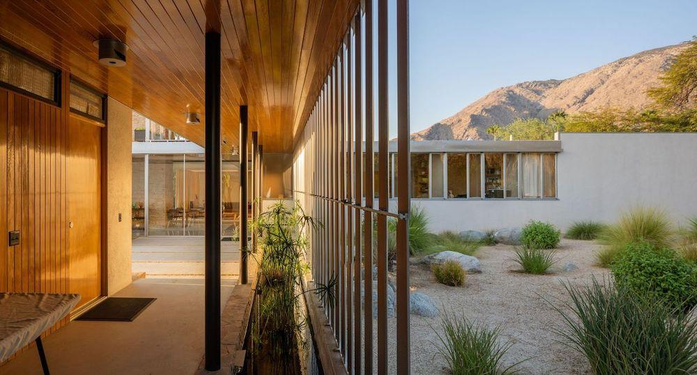 The Kaufmann Desert House, Palm Springs, USA designed by Richard Neutra. Currently listed by Vista Sotheby's International Realty.  Photo: Daniel Solomon. Courtesy: Vista Sotheby's International Realty