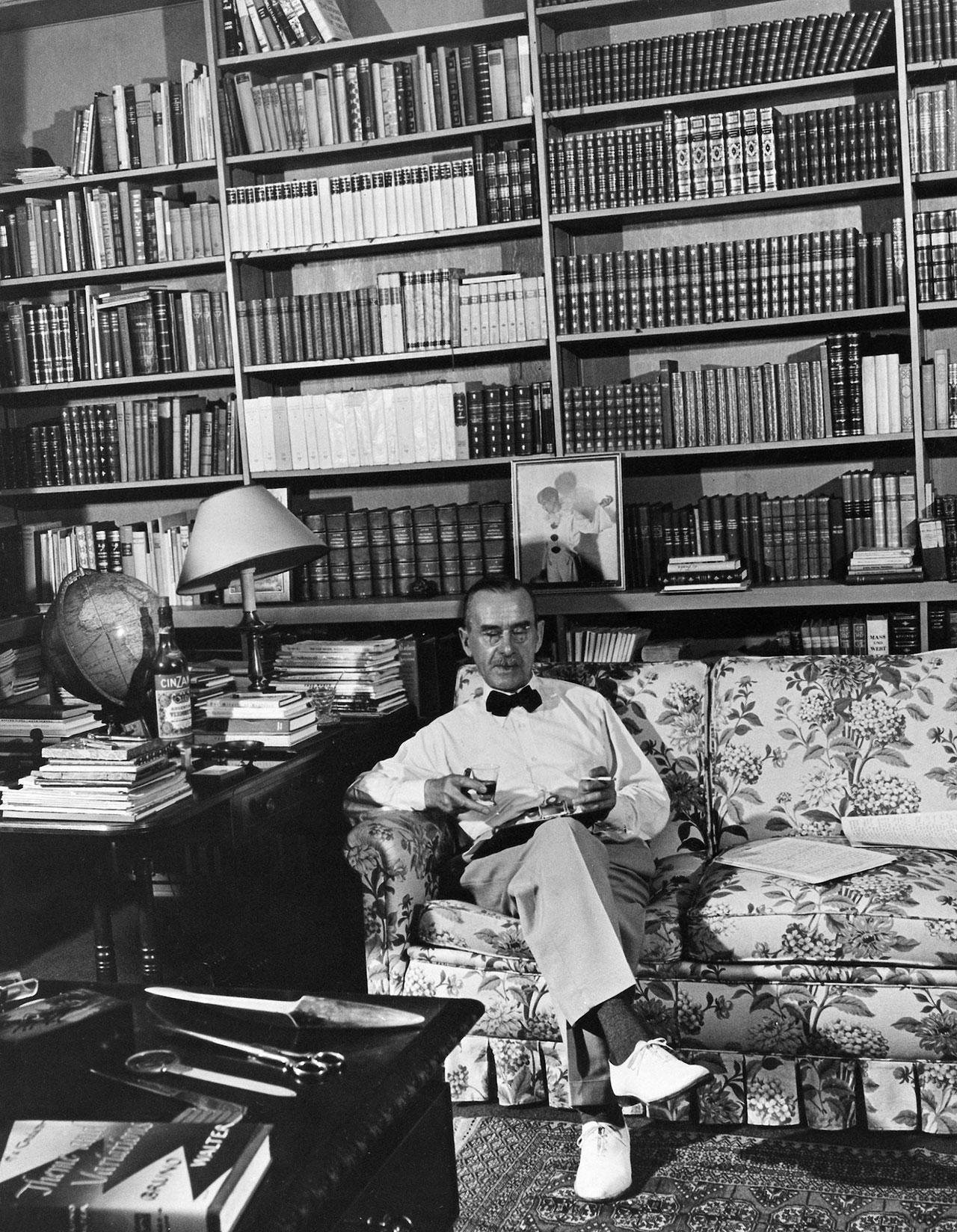 Thomas-Mann-Bookshelf