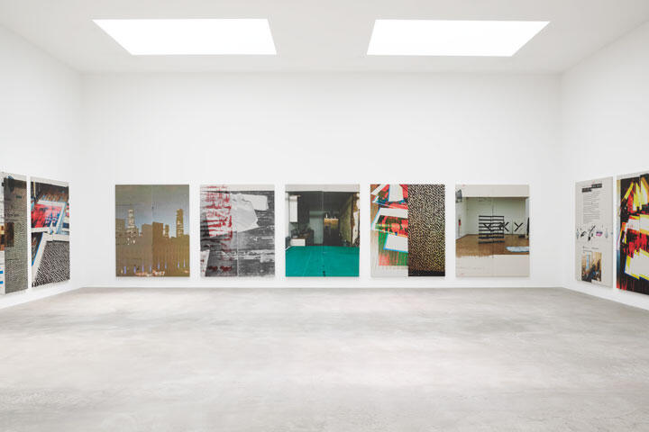 Wade Guyton, Untitled, 2020–21, installation view, Epson UltraChrome HDX inkjet on linen, 26 paintings, each 213 × 175 cm. ©Wade Guyton. Courtesy: the artist and Matthew Marks Gallery, Los Angeles