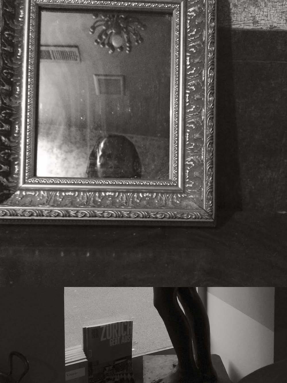 Deborah Willis, Self Portrait in Mirror, Harlem Restaurant, 2015. Courtesy: the artist 22
