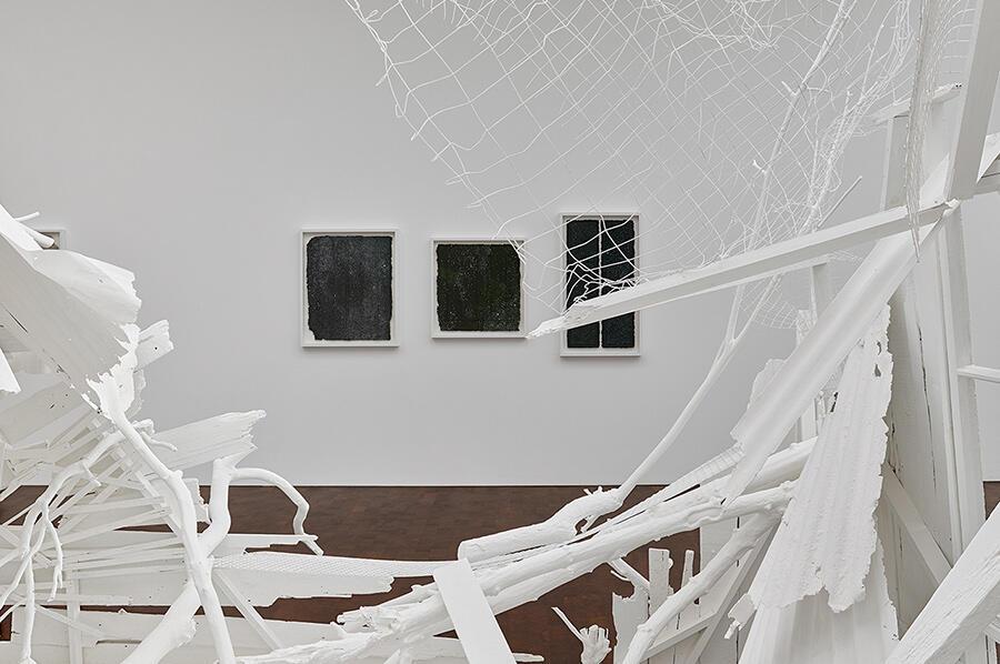 rachel whiteread internal objects