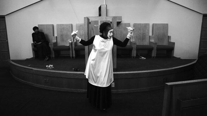 Steffani Jemison, Sensus Plenior, 2017. HD video, black and white, sound, 34:36 min.  Courtesy the artist.