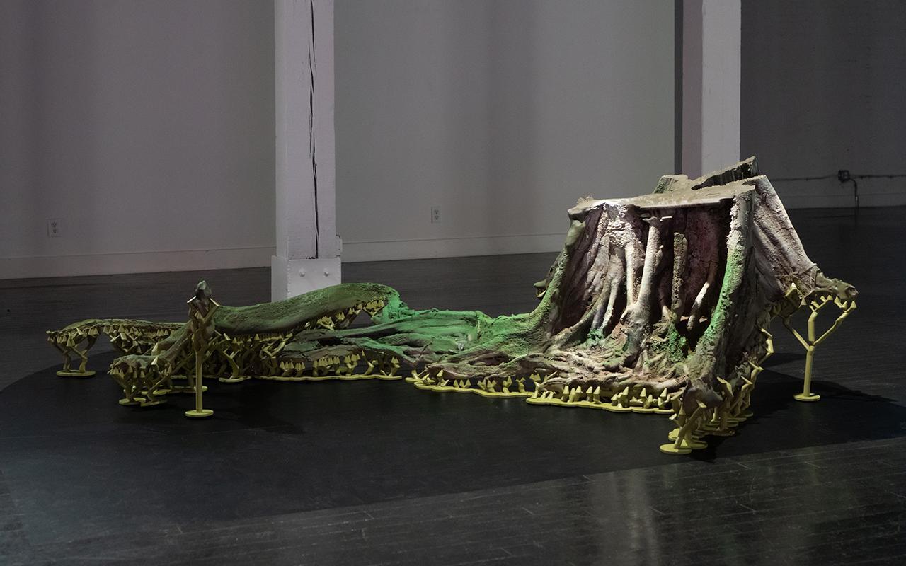 Timur Si-Qin, La Guardiana del Río Rinquia, 2020, ABS, enamel, 83 × 241 × 180 cm. Courtesy: the artist and von ammon co., Washington, D.C.